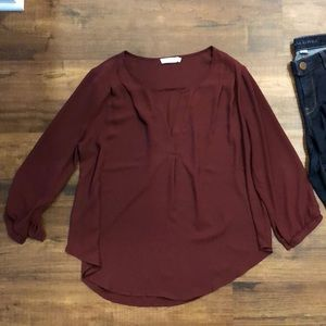 Lush maroon mid sleeve top